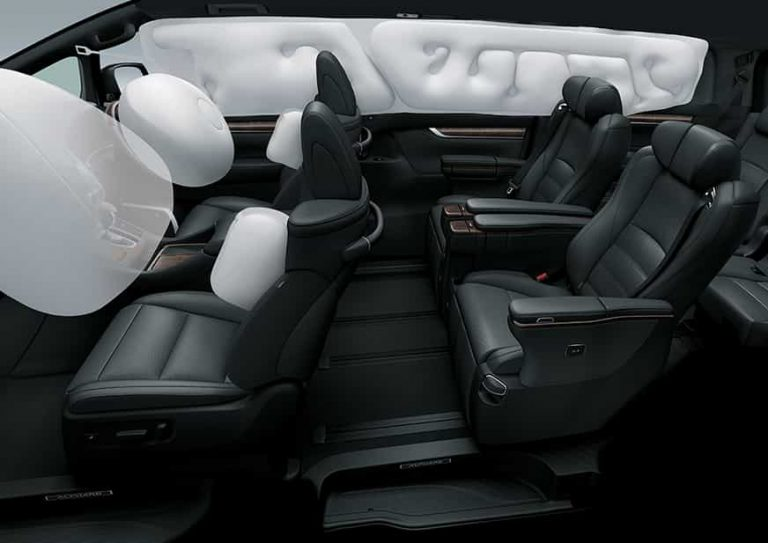 Toyota-Interior-with-airbag-FINAL-rev-min